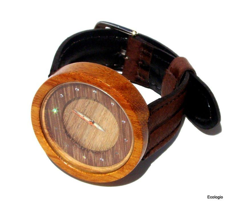 Relógio de Madeira Jaqueira com Diamantes Naturais