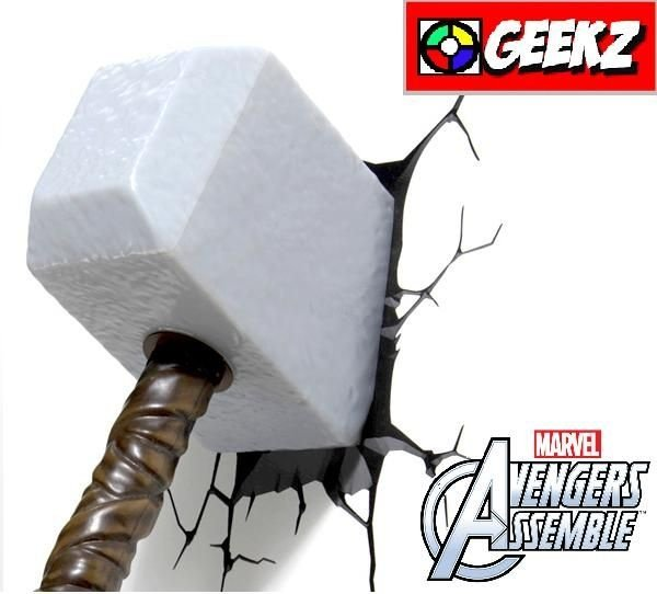 LUMINÁRIA 3D LIGHT FX MARTELO DO THOR MJOLNIR AVENGERS ASSEMBLE