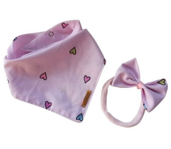 Babador com faixinha de cabelo Amor rosa