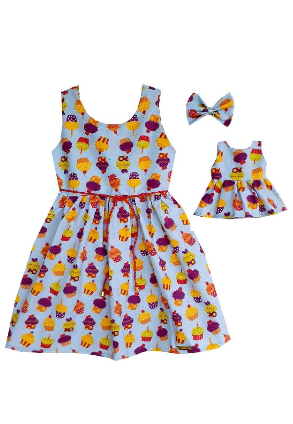 Kit Vestido Infantil e Boneca Petit Cupcakes