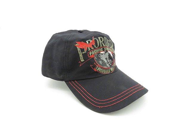 Boné Prorider preto com bordado vermelho de aba flexível com regulador