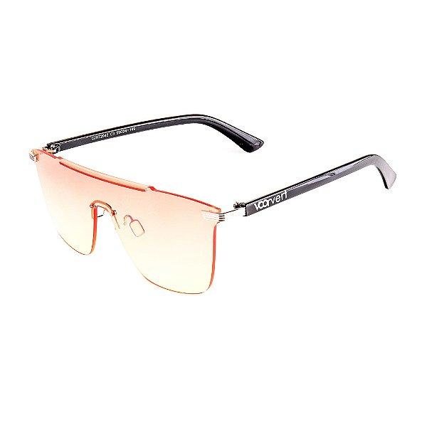 Óculos de Sol Voor Vert Preto com Lente Degrade Rosa e Amarelo - VVOCSCJH72042C3