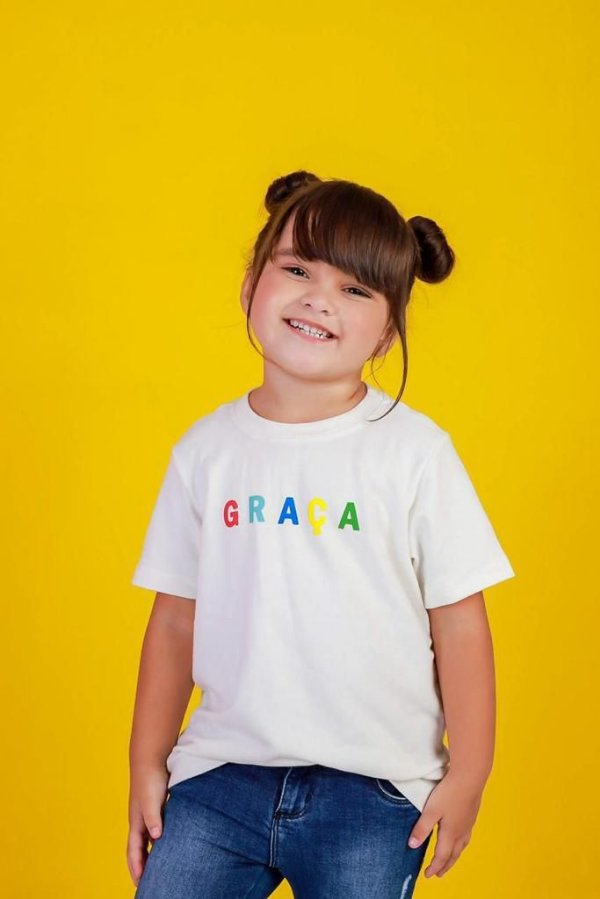 Camiseta infantil graça colorida (branca)