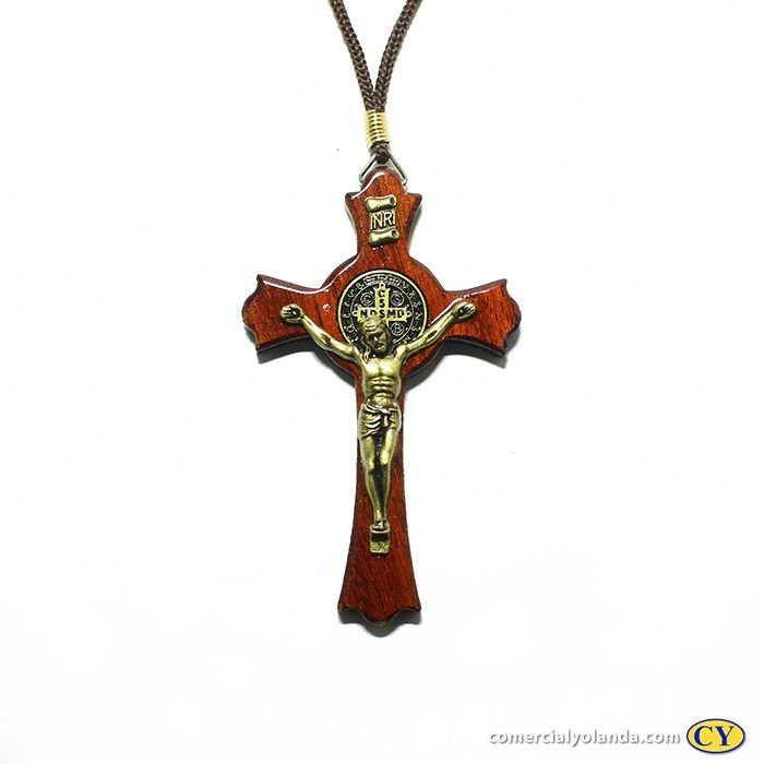 Cruz de São Bento em Madeira 9 cm, no cordão - A Dúzia - Cód.: 1133