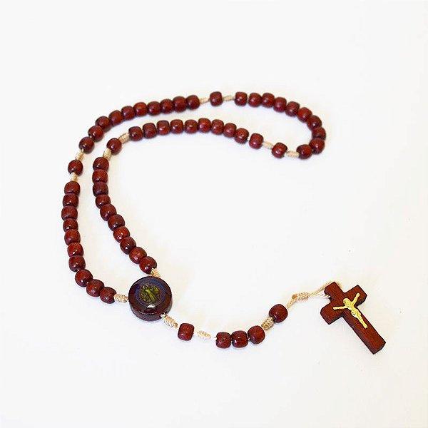 Mini Terço de São Bento em madeira com entremeio resinado colorido - A Dúzia - Cód.: 3180