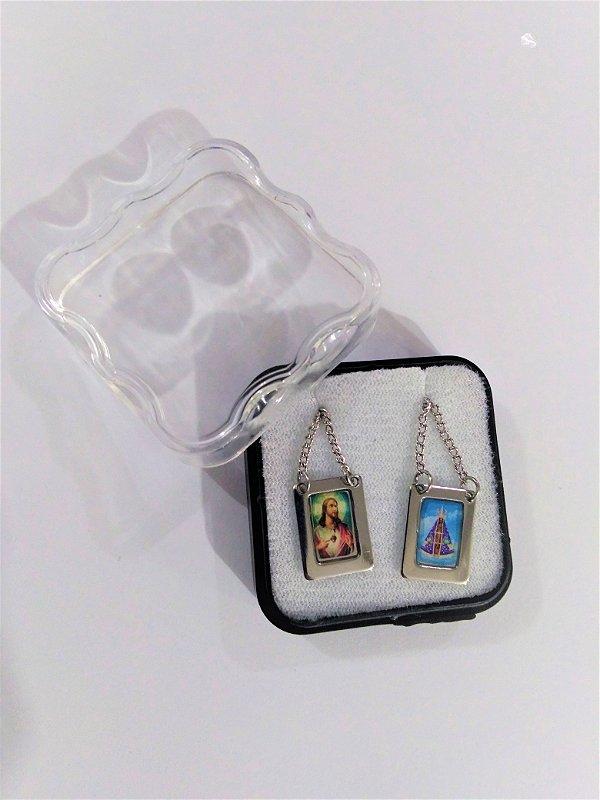 Escapulário em aço inox e foto colorida de Nossa Senhora Aparecida e Sagrado Coração de Jesus - O Pacote com 6 unidades - Cód.: 8848