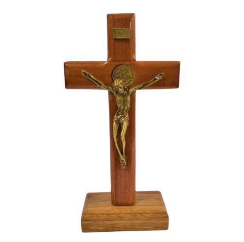 Crucifixo de Madeira 17 cm com Medalha de São Bento - O pacote com 3 peças - Cód.: 1944