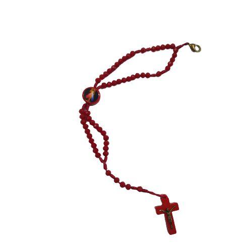 Pulseira Terço de Acrílico com Entremeio Resinado de Jesus Misericordioso na Cor Vermelha - O Pacote com 6 peças - Cód.: 8974