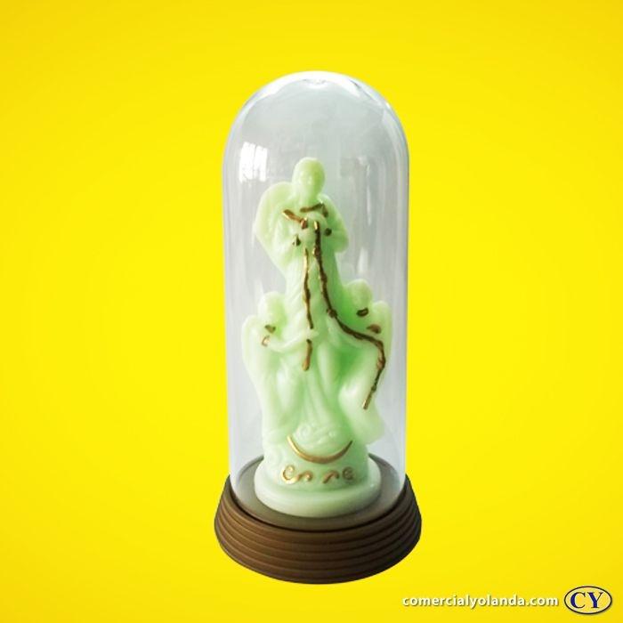 Imagem de Nossa Senhora Desatadora dos Nós fosforescente com cúpula e base em plástico, cor ouro velho - O Pacote com 3 peças - Ref.:  IRDN13