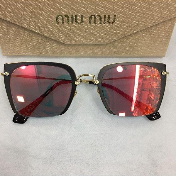 Óculos de Sol Miu Miu MU52RS- Kylie Jenner - Griffe dos Olhos ... ed9bd12f3d