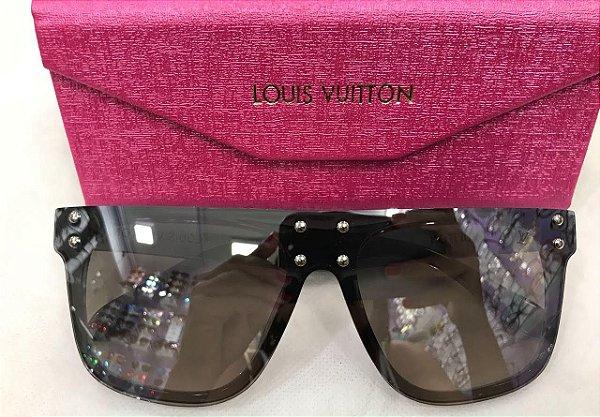 b26ffc986f266 Louis Vuitton LV Mask - Óculos de Sol Cinza Espelhado 58 mm - Griffe ...