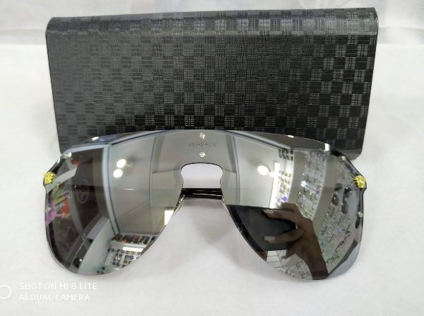 Oculo de Sol Versace Medusa VE 2180 - Cinza Claro Espelho De Prata (1000/6G)