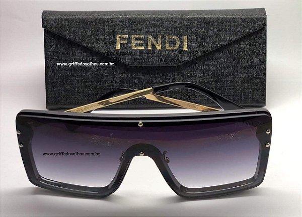 0cafd03f6 Fendi - Máscara Quadrado Unissex - Oculos de Sol Preto - Griffe dos ...
