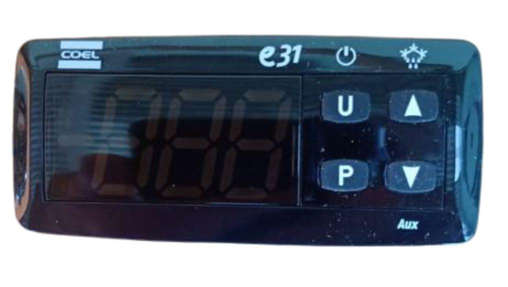 Kit com 2 unidades Controlador De Temperatura Coel E31