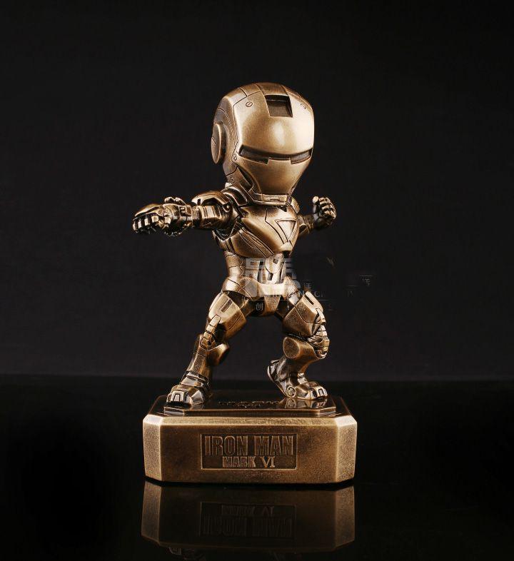 Estátua Homem de Ferro Marvel - Série Luxo