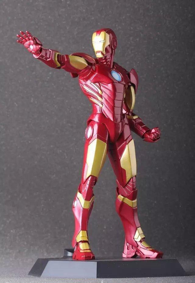 Estátua - Homem de Ferro