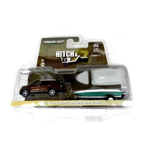 2013 FORD EXPLORER AND BOAT WITH TRAILER HITCH & TOW SERIE 4 1/64 GREENLIGHT 32040