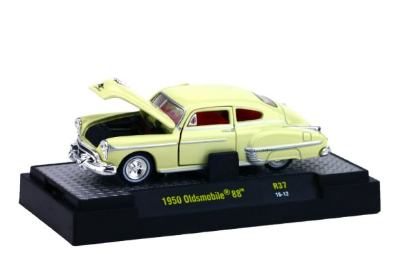 1950 Oldsmobile 88 1/64 M2 Machines 32500 Release 37 Auto-Thentics M2M32500-37H