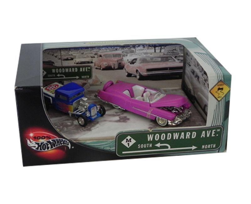 100% Hot Wheels Diorama Woodward Avenue 1/64 Hot Wheels Hot56765