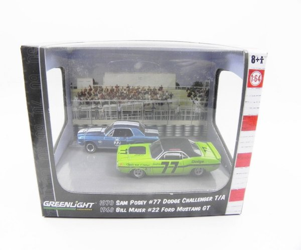 DIORAMA ROAD RACERS SAM POSEY #77 D CHALLENGER BILL MAIER FORD MUSTANG GT  1/64 GREENLIGHT 56044