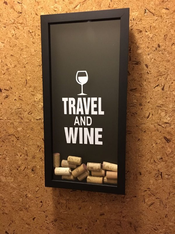Quadro Porta-Rolhas Decoração -Travel and Wine
