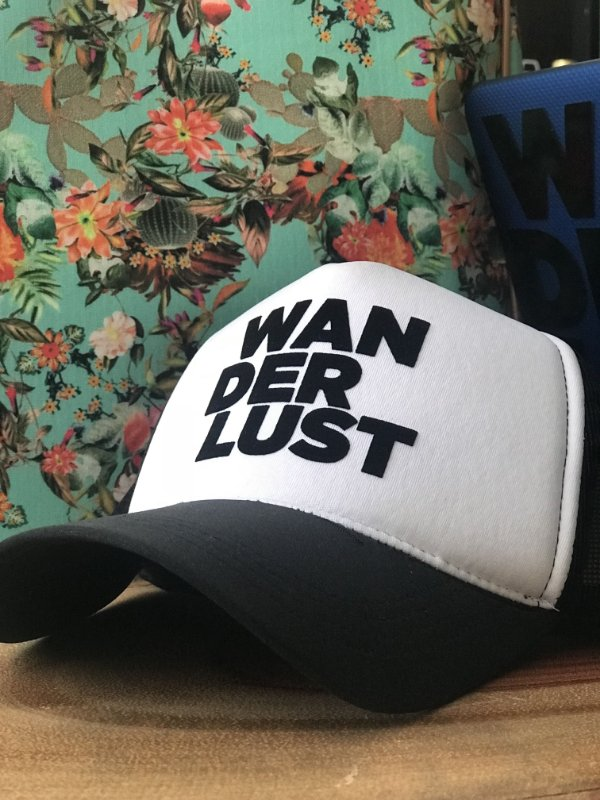 Boné Wanderlust