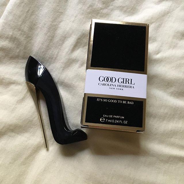 Miniatura Good Girl Eau de Parfum Carolina Herrera - Perfume Feminino 7ml