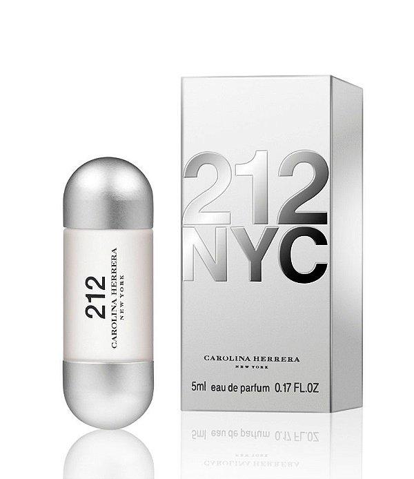 Miniatura 212 NYC Eau de Toilette Carolina Herrera - Perfume Feminino 5 ml