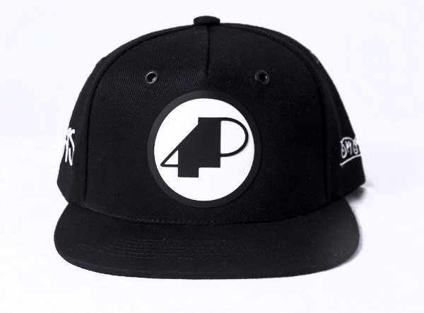 Boné Preto Logo 4P Preto ESGOTADO