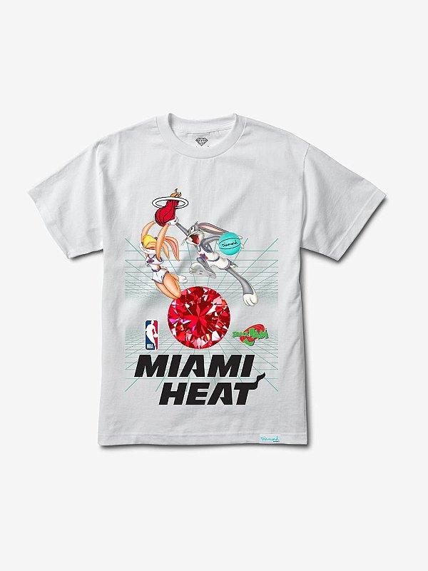 "DIAMOND SUPPLY CO - Camiseta Space Jam Miami Heat ""Branco"" -NOVO-"