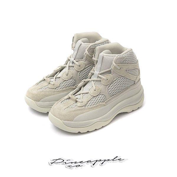 "ADIDAS - Yeezy Desert Boot Kids ""Salt"" (Infantil) -NOVO-"