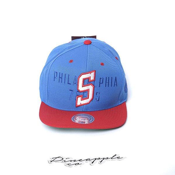 "MITCHELL & NESS - Boné First Letter III Philadelphia Snapback ""Azul/Vermelho/Verde"" -NOVO-"