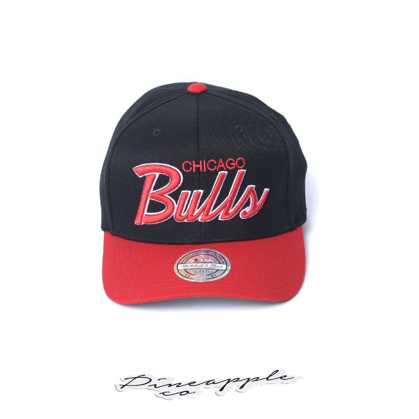 "MITCHELL & NESS - Boné NBA Script Block Chicago Bulls ""Black/Red"""