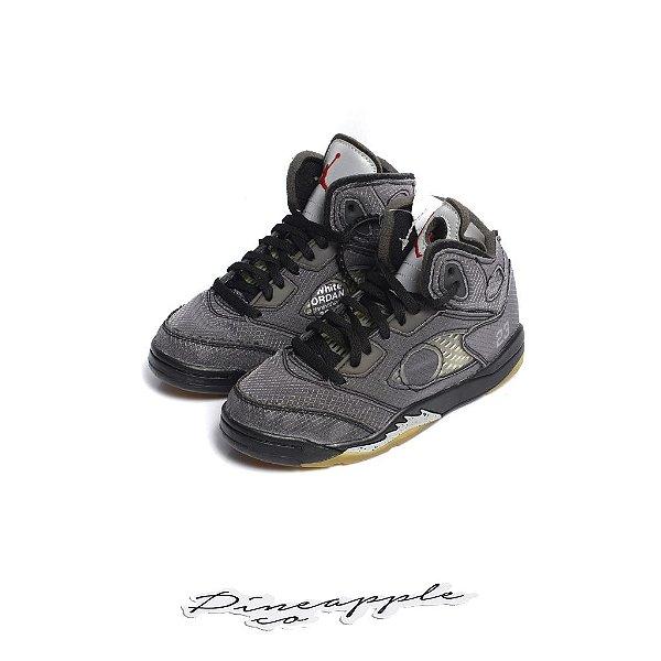 "NIKE x OFF-WHITE - Air Jordan 5 Retro PS ""Black"" (Infantil) -NOVO-"