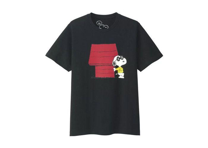 "UNIQLO x KAWS x PEANUTS - Camiseta Doghouse ""Preto"" -USADO-"