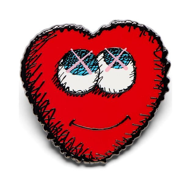 "!KAWS - Pin Heart ""Vermelho"" -NOVO-"