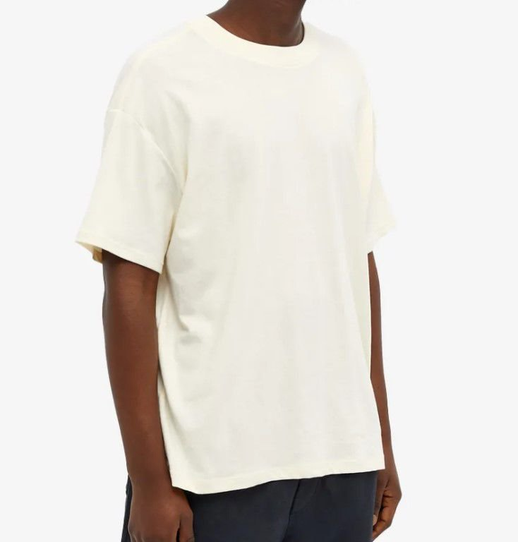"FOG - Camiseta Essentials ""Off-White"" -NOVO-"
