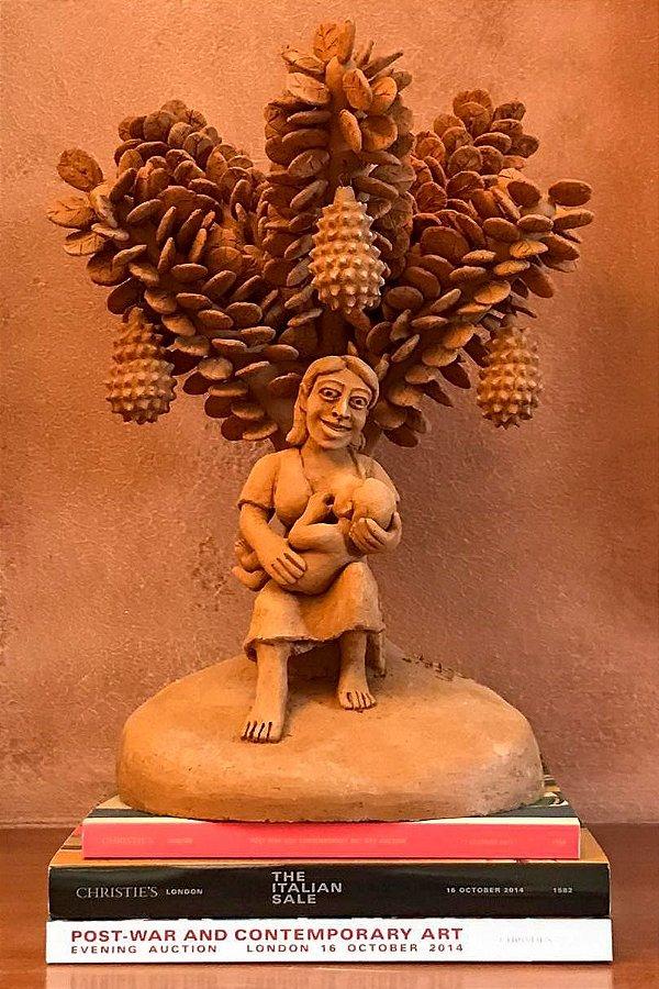 Escultura de terracota Amamentando Debaixo da Jaqueira - Sil da Capela