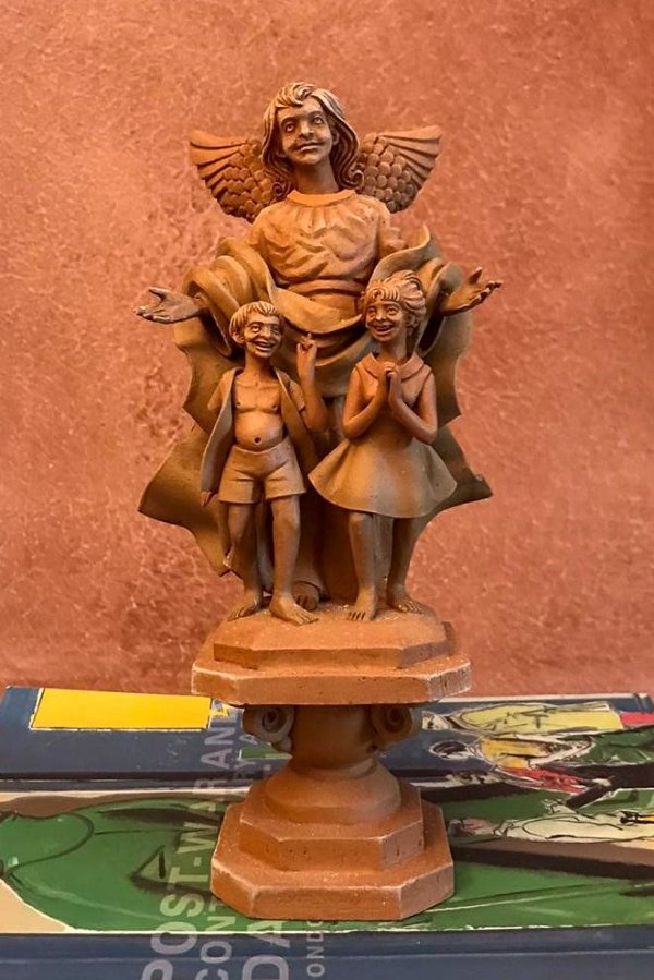 Escultura de terracota Anjo da Guarda - Leonilson Arcanjo