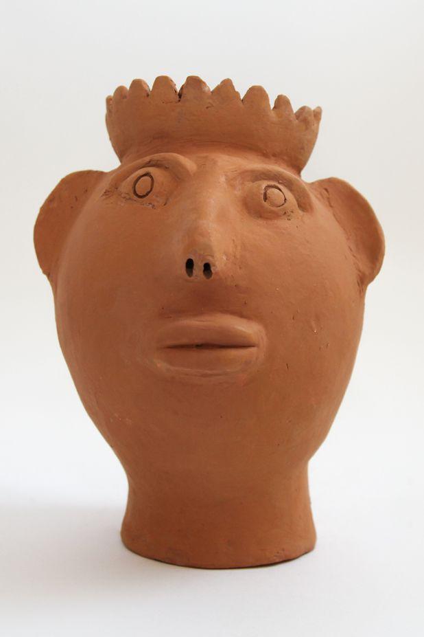 """Escultura de terracota Cabeça """"Rainha"""" - Mestra Irinéia"""
