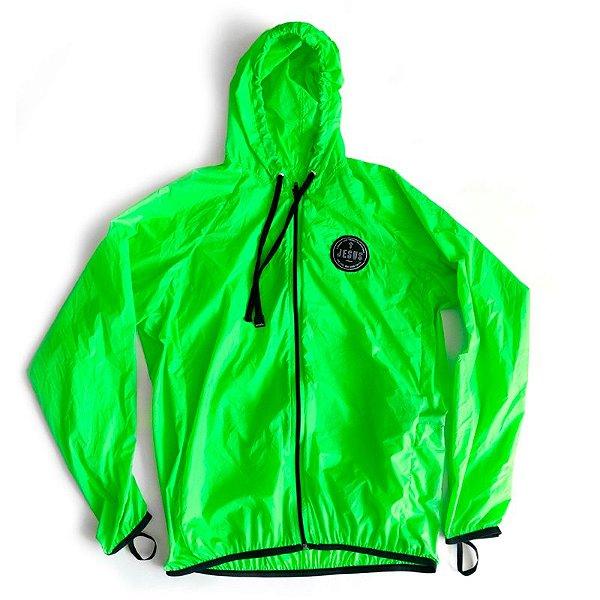 jaqueta corta vento verde fluor