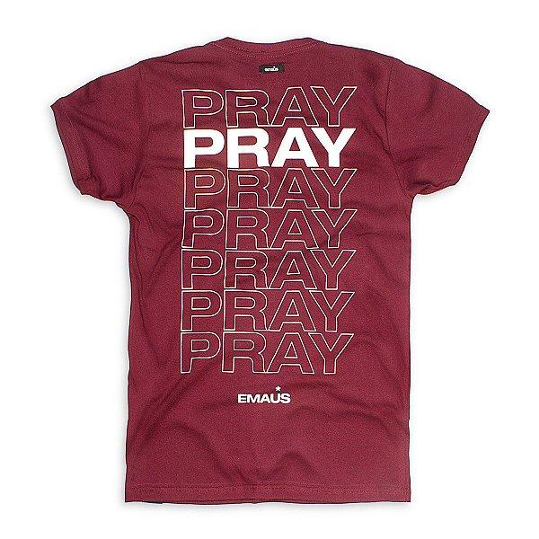 CAMISETA PRAY PRAY- VINHO