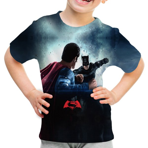 Camiseta Infantil Batman vs Superman Estampa Total Md02