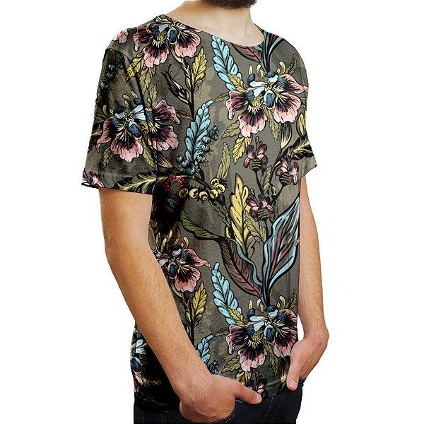 Camiseta Masculina Flores e Folhas Estampa Digital - OUTLET