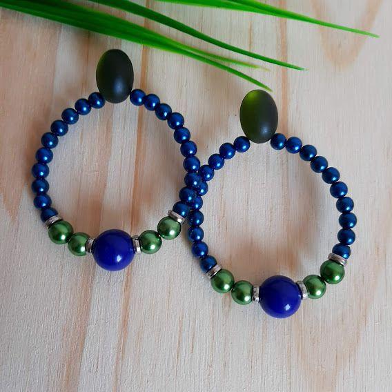 Brinco argola azul e verde