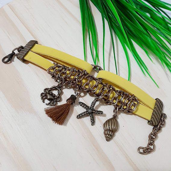pulseira amarela com pingentes ouro velho