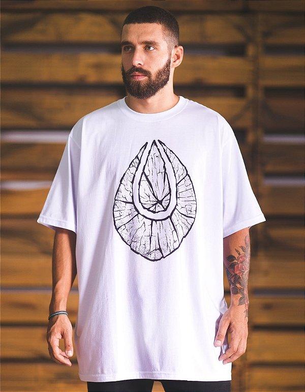 Camiseta Straight-Fit - Tronco Alma Necta