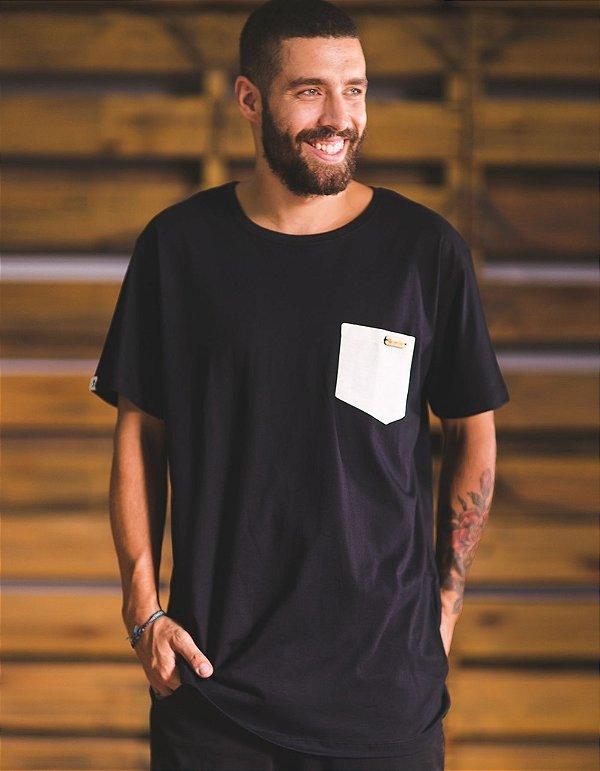 Camiseta Light-Fit - Bolso de Palha Alma Necta