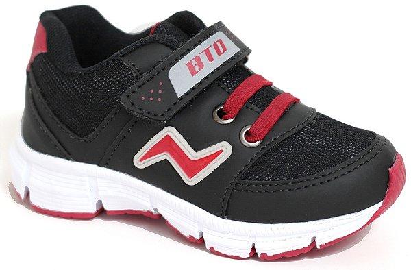 4479b0f281b Tênis Esportivo Infantil Preto Vermelho Fechamento em Velcro e Elástico  Sola TR Marca Botinho