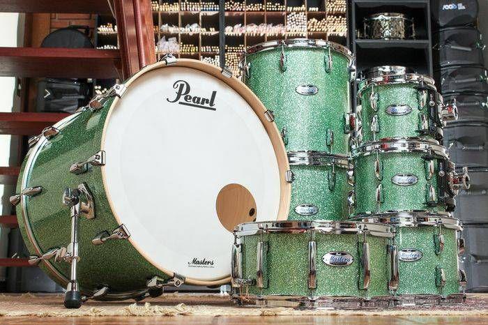 "Bateria Pearl Masters (somente tambores) 22"", 16"", 14"", 14"", 12"", 10"", 08""."